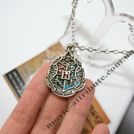 Кулон герб Хогвартса
