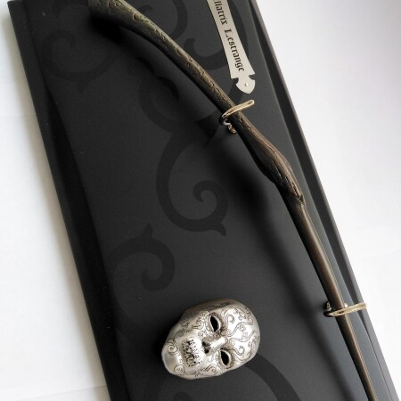 Палочка Беллатрисы Лестрендж, Noble Collection