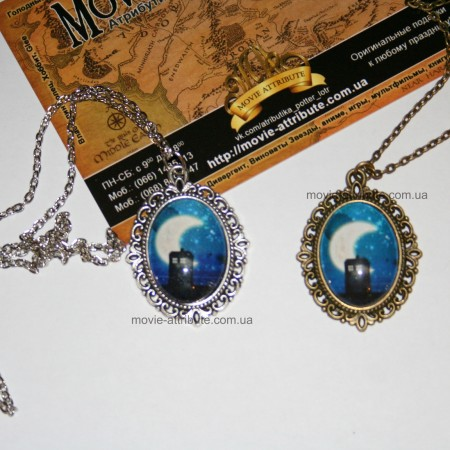 Бронзовый и серебряный кулоны Тардис