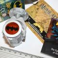 Реальное фото бет-сигнала. Сувениры из фильма Бэтмен Украина