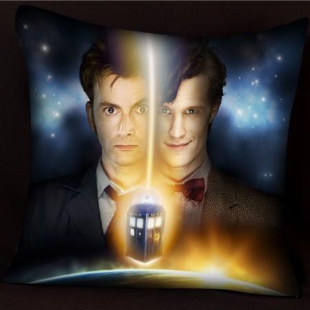 Подушка с 10 и 11 Доктором