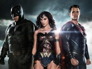 Бетмен против супермена чудо-Женщна