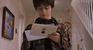 Гарри Поттер получил письмо из Хогвартса