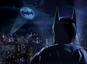 Знак Бэтмена в небе